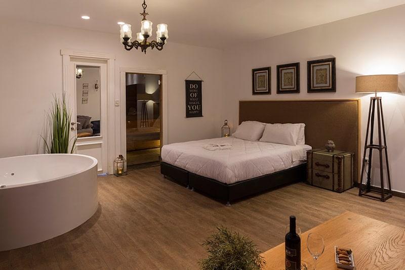 חדר שינה באחוזת הספא ברחובות